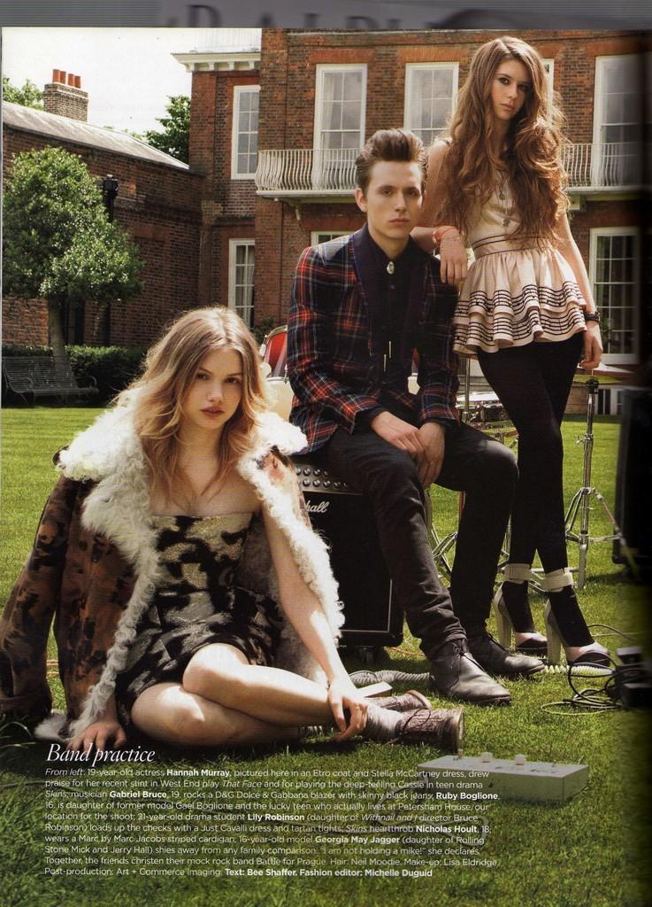 니콜라스 홀트 (Nicholas Hoult) Vogue British..