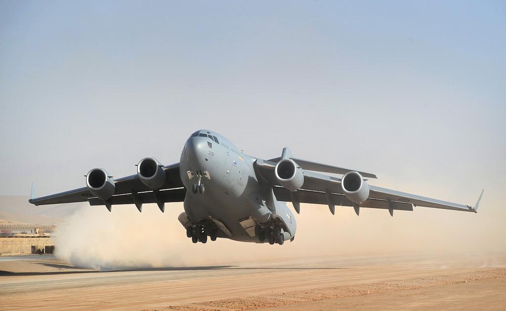 C-17 수송기의 추가도입을 고려 중인 호주