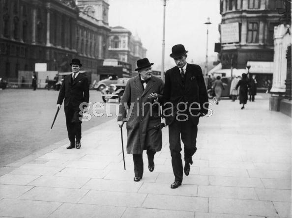 [사진]1938년 영국의 열정 과 경멸! ^ ^