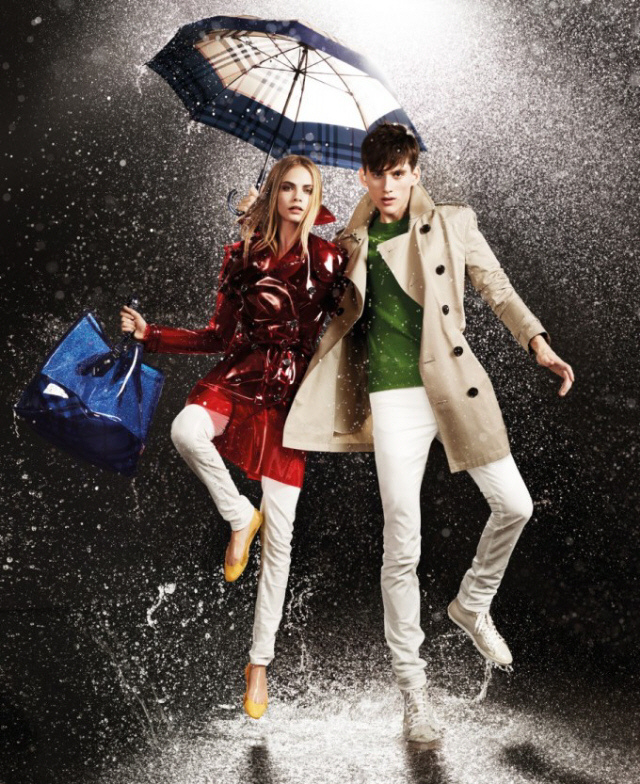 Burberry launches the April Showers Collecti..