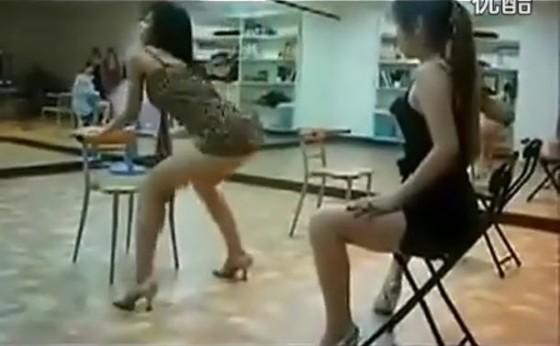 중국의 섹시댄스 열풍?!