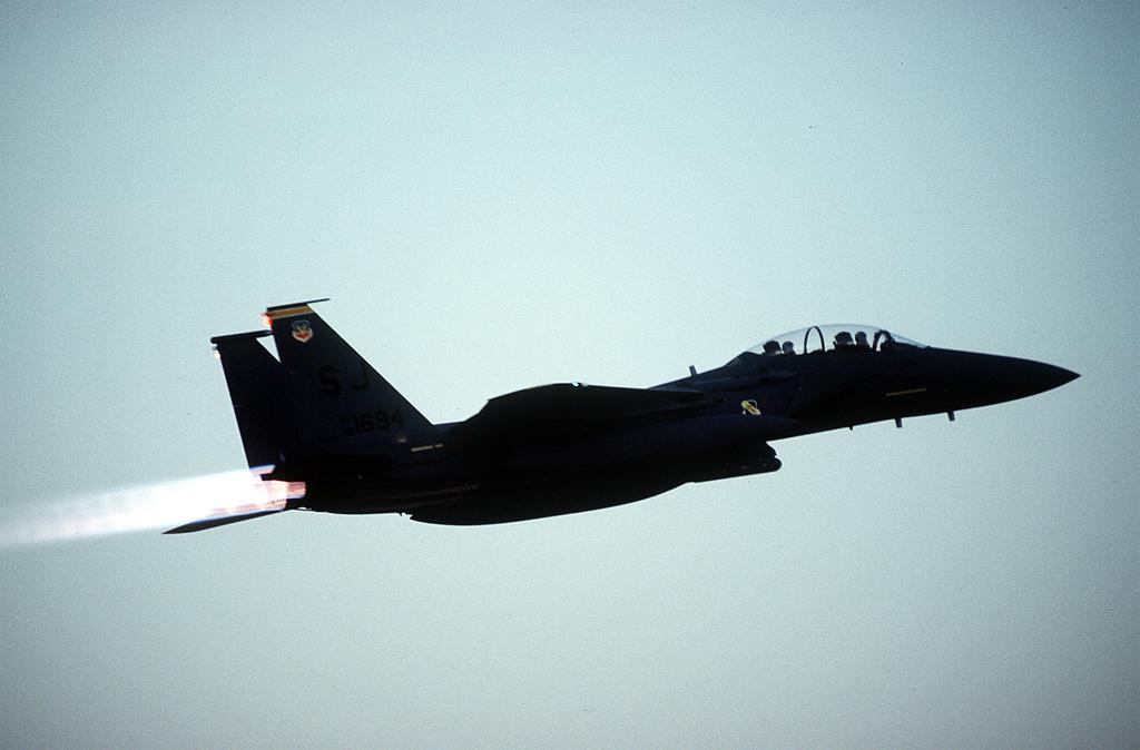 사우디 계약에 대비해 F-15E를 자비로 생산하려는..