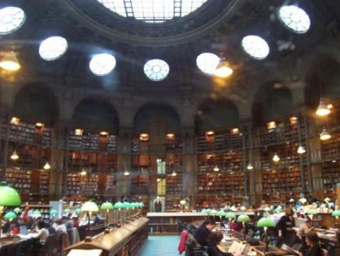 도서관의 위엄