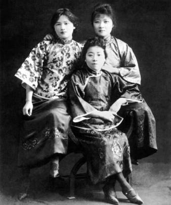 중국 근대사를 쥐락펴락한 '송씨집안'의 세자매