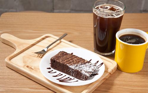 ≪퐁당(fOndant)≫ - 브라우니와 커피향기
