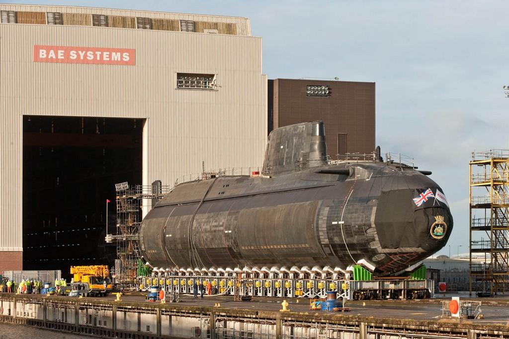 차세대 핵미사일 잠수함의 설계 계약을 체결한 영국