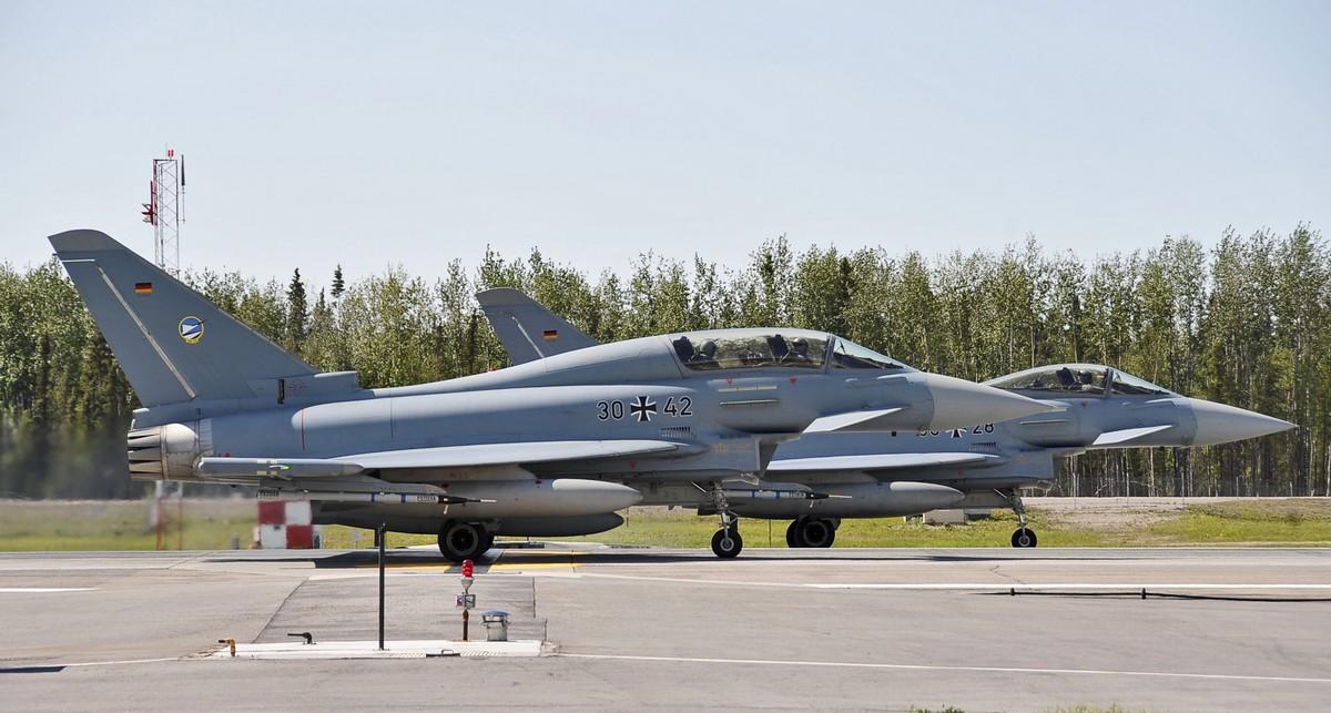 유러파이터와 함께 훈련하게 될 미 공군의 F-22 랩터