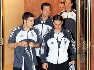 2002년 한일 월드컵 야사 6. 독일 편