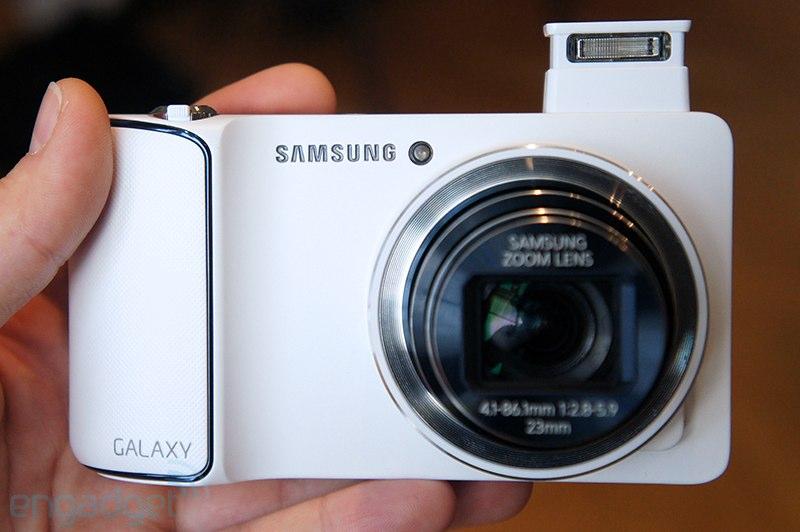 갤럭시 카메라, 카메라도 통신사 약정으로만 판다