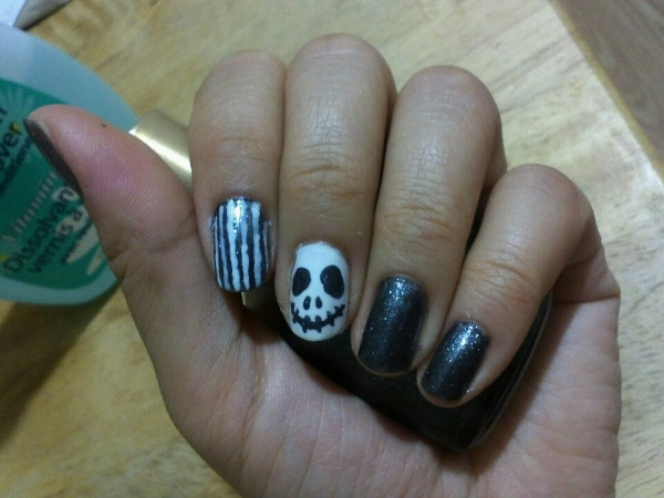 Halloween Nail - The Nightmare Before Chri..